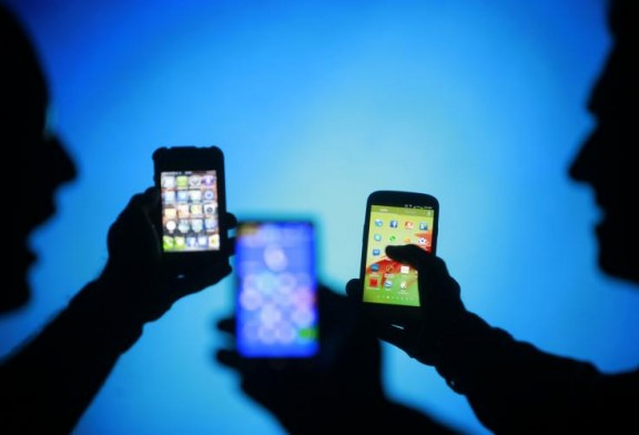 Cell phones linked to behavioral problems