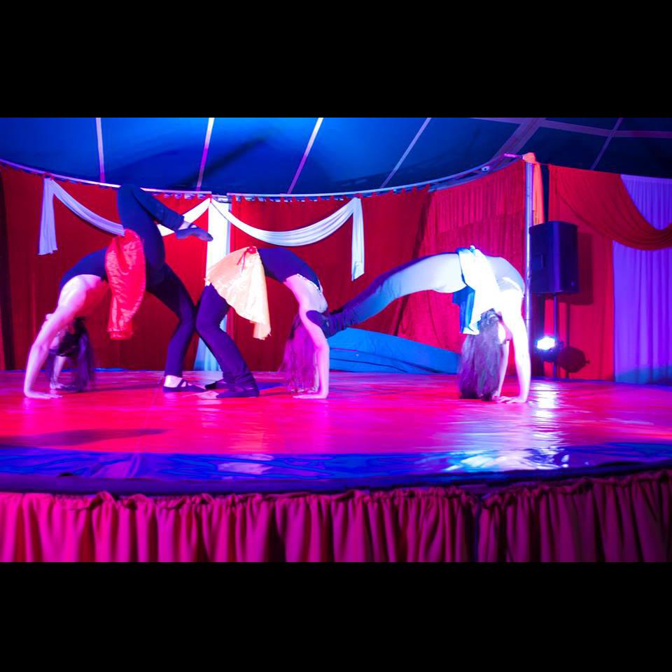 10-gran-circo-marconi-acrobacia-solo