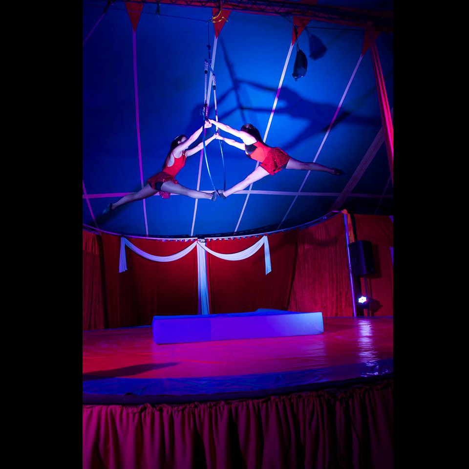 6f-gran-circo-marconi-acrobata