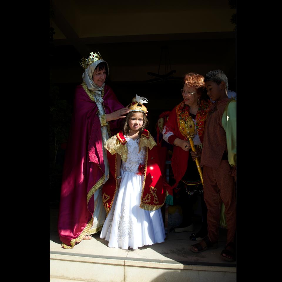 festa-do-divino-2016-coroacao-imperatriz-vert