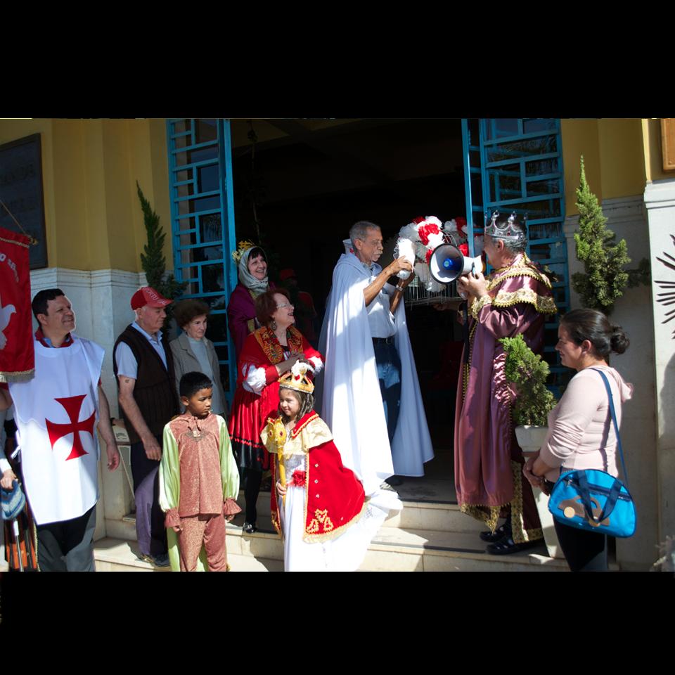 festa-do-divino-2016-soltura-pombas-hor